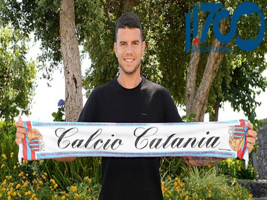 Calcio Catania, ufficiale l'acquisto di Alessandro Gatto: firma fino al 2022