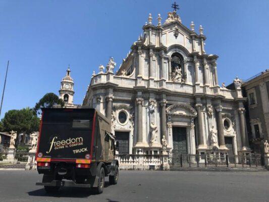 """Catania protagonista su Italia 1: Roberto Giacobbo racconta la storia di Sant'Agata su """"Freedom – Oltre il confine"""""""