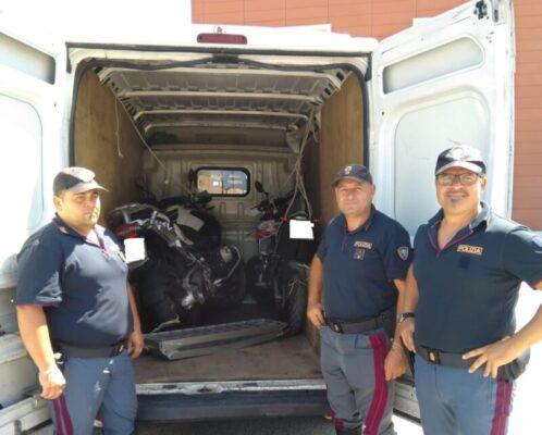 Colpo al mercato nero, recuperate due moto rubate nel Catanese: una denuncia per ricettazione