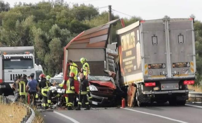 Incidente mortale nel Catanese, la vittima è un 35enne: l'altro conducente ferito è un 44enne di Valverde