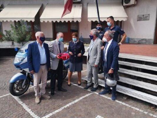 Catania, presidi salvavita donati alla Polizia di Stato: cerimonia nella sede della Polstrada