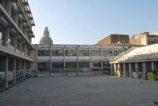 Caso di Coronavirus al Liceo Spedalieri di Catania, positivo uno studente: chiusa una classe – AVVISO