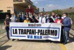 Ferrovia Trapani-Palermo via Milo chiusa dal 2013: oggi il sit-in a Segesta con l'assessore Falcone, deputati e sindaci