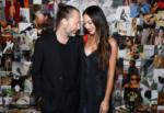 Radiohead, Thom Yorke sposa l'attrice siciliana Dajana Roncione: le nozze oggi a Villa Valguarnera