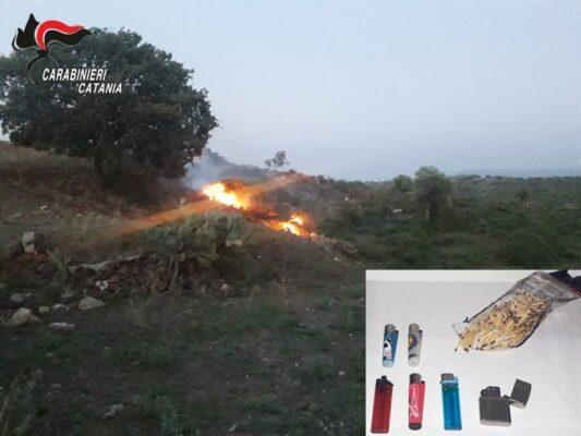 Tentato incendio nel Catanese, carabinieri attirati da una colonna di fumo nero: denunciato allevatore