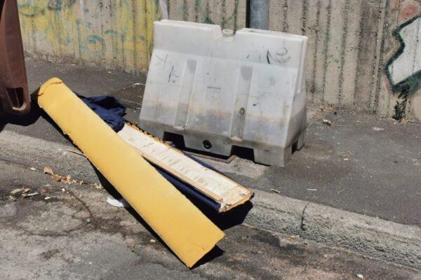 """Catania, il """"mistero"""" dei tombini rubati e le discariche abusive. Buceti: """"A rischio incolumità di molte persone"""""""