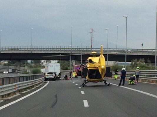 Incidente sulla Palermo-Catania: 6 feriti, 3 gravi. Traffico paralizzato, lunghe code