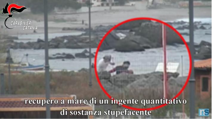 """Operazione """"Iddu"""", in corso 21 arresti: """"colpita"""" la famiglia dei Santapaola-Ercolano – VIDEO"""