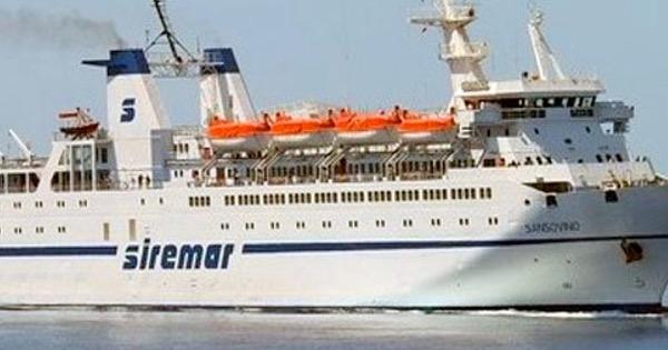 """Riparato il guasto al traghetto """"Lampedusa"""": ripristinati i collegamenti navali, botta e risposta tra Falcone e Martello"""