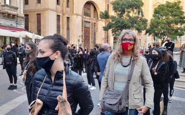 Catania, tutti in piazza contro l'ultimo Dpcm insieme ai lavoratori dello spettacolo