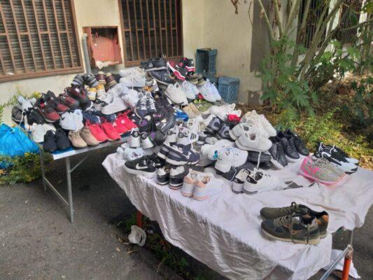 Catania, maxi sequestro di merce contraffatta alla Fiera: stranieri violenti si danno alla fuga