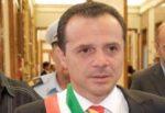 Coronavirus a Messina, Cateno De Luca chiude tutte le scuole: ecco cosa prevede l'ordinanza del sindaco