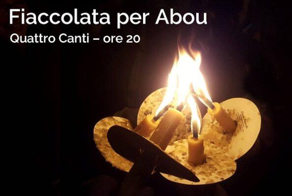 Una fiaccolata per Abou… così si muore a 15 anni dopo un viaggio in mare, le torture subite e la quarantena