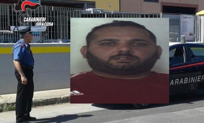 Blitz in casa di Vincenzo Bramante, droga e soldi nascosti negli armadi casalinghi: arrestato