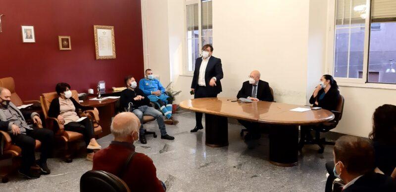 Covid in provincia di Catania, autista scuolabus positivo: scuole materne, elementari e medie chiuse per la sanificazione