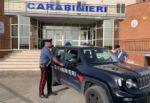 Panettiere di giorno e spacciatore di notte, droga e soldi in auto: arrestato 24enne