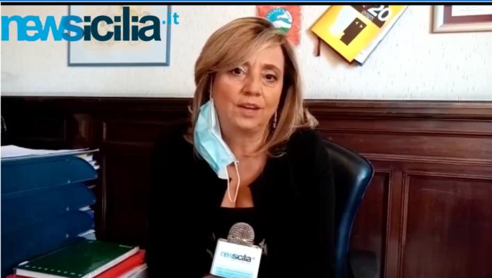 """Istituto """"De Felice-Olivetti"""" di Catania. Dirigente De Francesco: """"La collaborazione ci rende forti"""" – VIDEO INTERVISTA"""