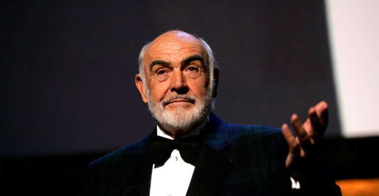 "È morto Sean Connery: il cinema perde una delle sue stelle più brillanti. Addio a ""James Bond"""
