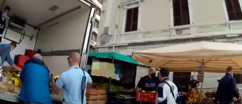 Lotta all'abusivismo commerciale: scoperto lavoratore in nero col reddito di cittadinanza – VIDEO