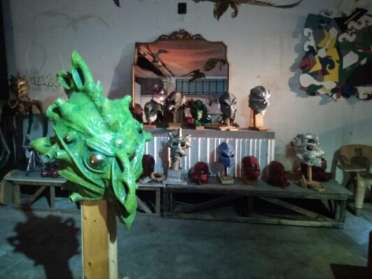 Tra arte, riciclo di materiali e passione: intervista ad Enrico Calvagna, artista autodidatta catanese – FOTO