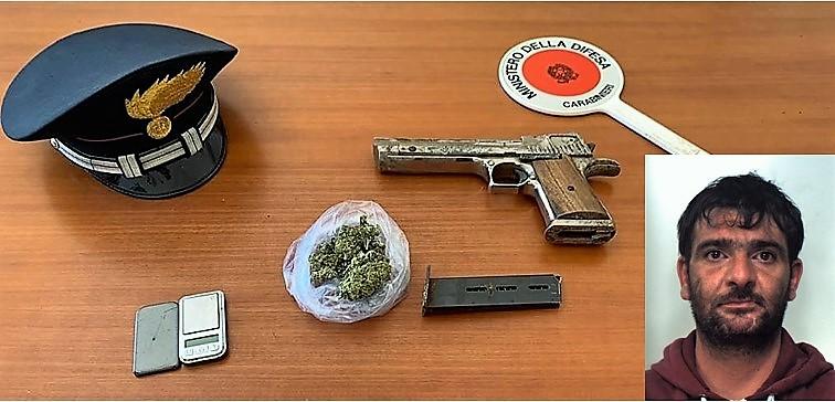 Arma clandestina in una casa del Catanese, trovata anche droga: scattano i domiciliari