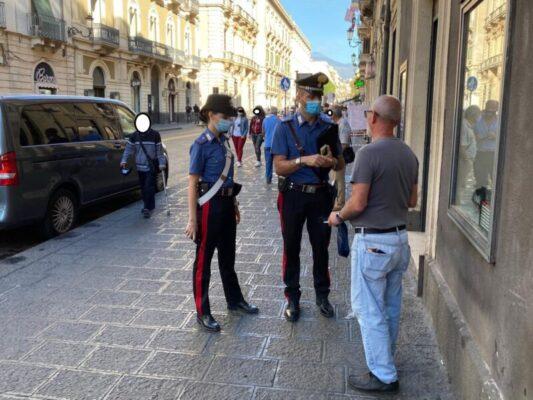 Catania nel mirino dei controlli: 111 persone fermate con 3 sanzioni, 63 veicoli ispezionati con 27 violazioni