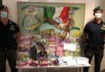 Dalle mascherine irregolari ai giocattoli contraffatti: maxi-sequestro in emporio cinese