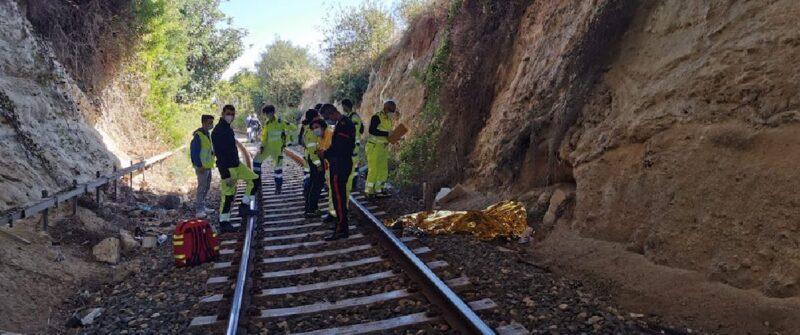 Tragedia sulla linea ferroviaria Noto-Avola: ecco chi è l'uomo travolto da un treno mentre faceva jogging