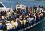 Favorirono sbarchi di migranti a Lampedusa, in manette due scafisti: si aprono le porte del carcere
