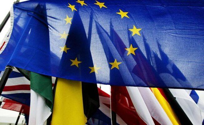 Dall'introduzione della cittadinanza europea all'introduzione dell'Euro: compie 27 anni il Trattato di Maastricht