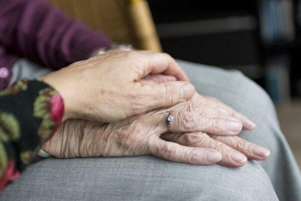 """Catania, dramma nelle RSA. Il 'grido' di aiuto della Confsal Catania: """"Manca il personale, anziani vittime indifese"""""""