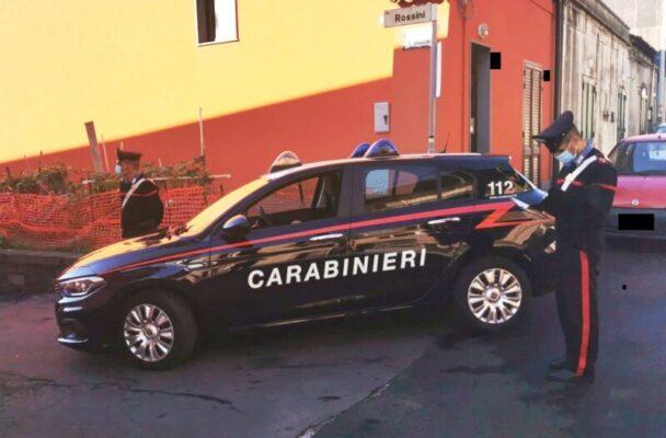 """Truffa dello specchietto """"miete"""" nuove vittime nel Catanese: pensionato cade nel tranello di un 30enne"""