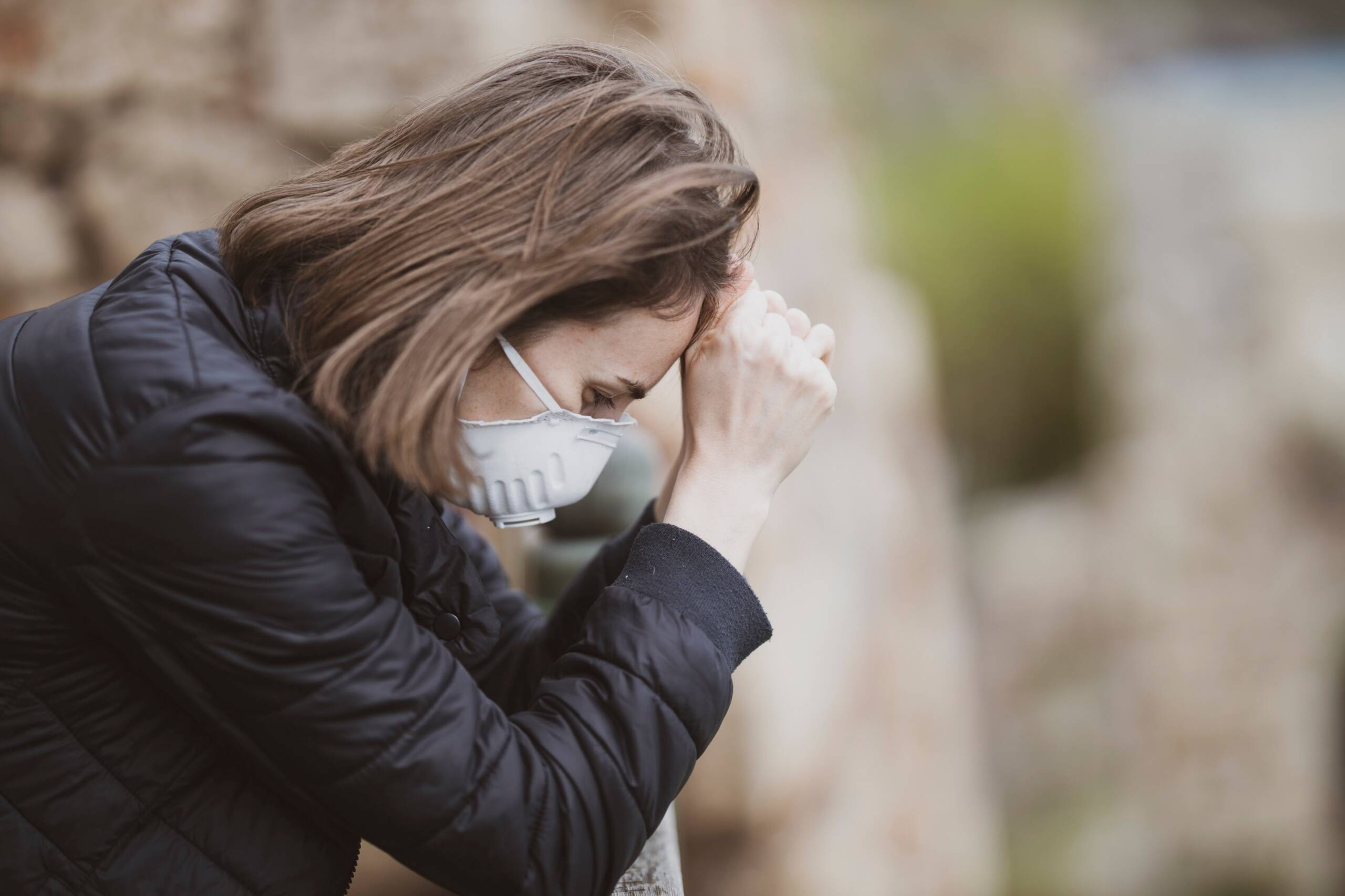 Sintomi nonostante la guarigione, cure gratuite per gli affetti da long Covid