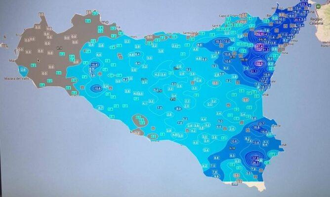 """Allerta meteo Sicilia, situazione in peggioramento dall'Etna agli Iblei. Protezione civile: """"I sindaci prendano provvedimenti"""" – AVVISO"""
