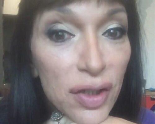 """Aeroporto di Catania, influencer trans Cori Amenta denuncia umiliazione. Arcigay: """"Immediata condanna del gesto"""""""