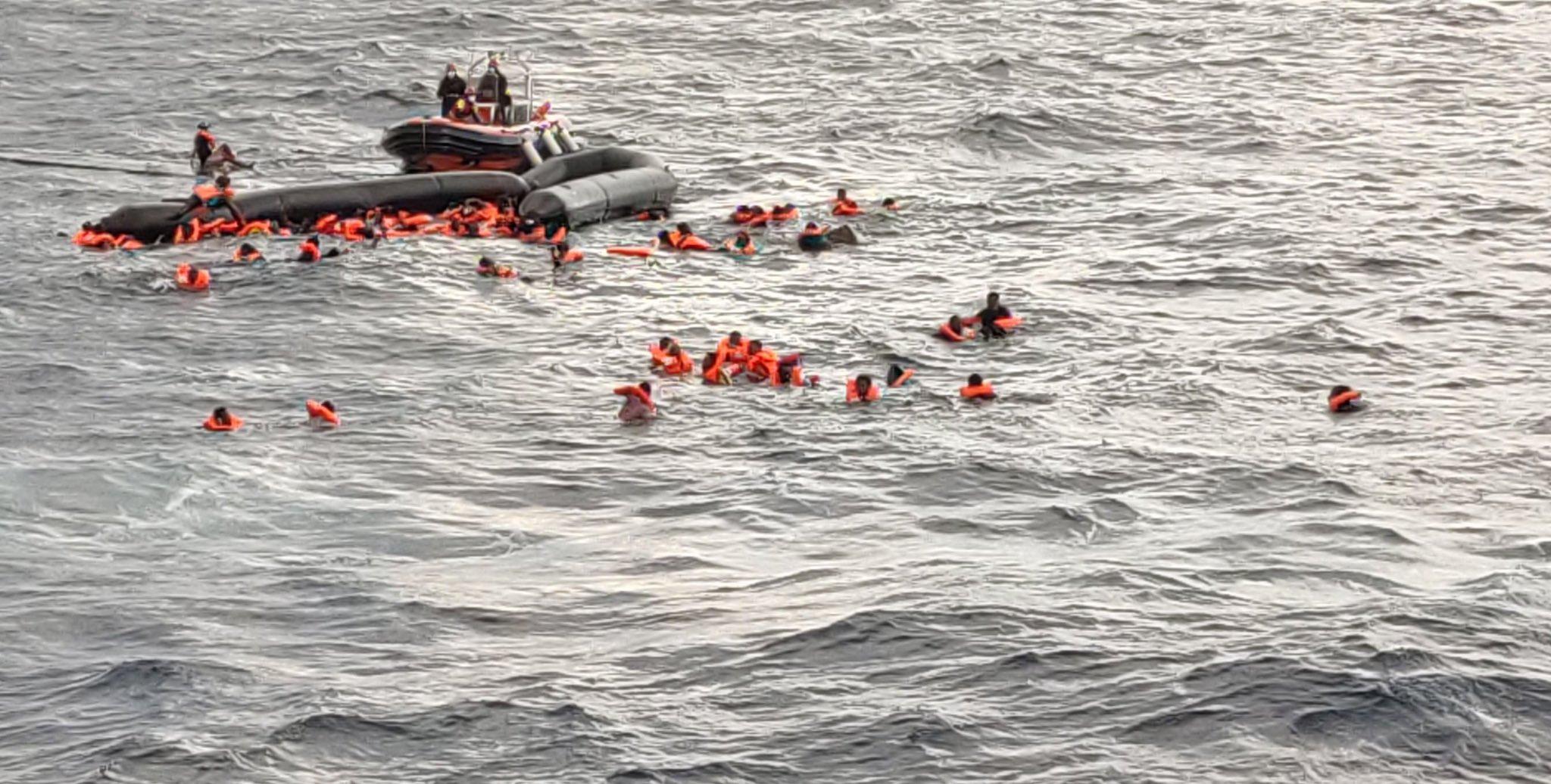 Immigrazione clandestina e naufragio: individuato un presunto scafista di 21 anni