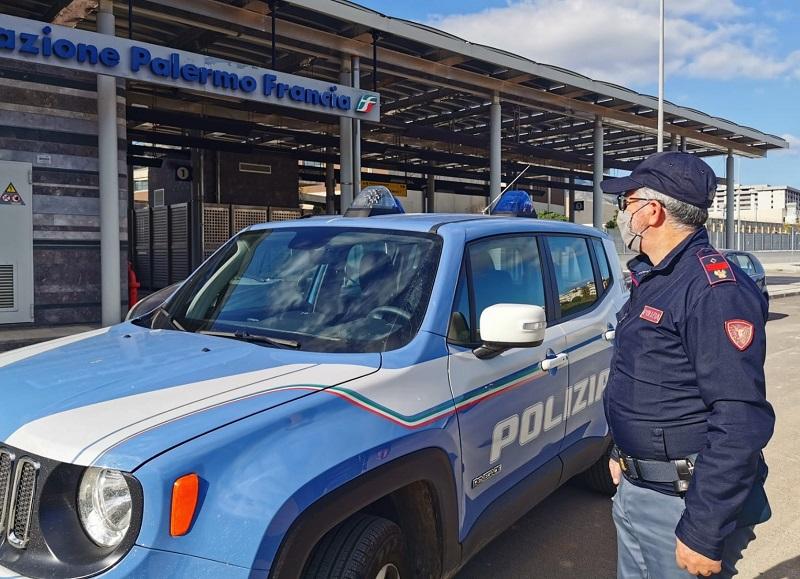 Sicilia, controlli nelle stazioni ferroviarie: 1 denunciato e oltre 2.500 persone identificate