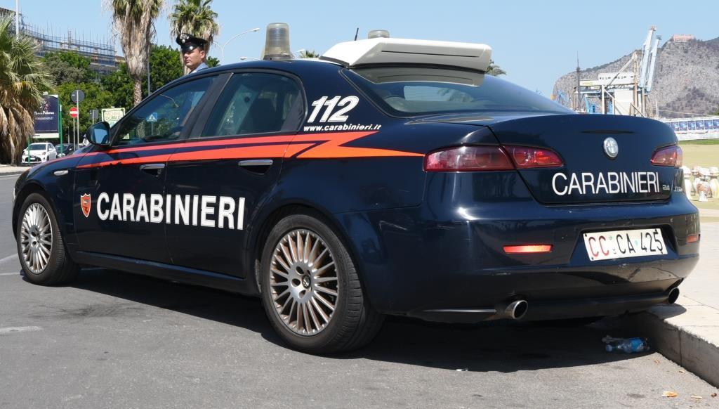 Spaccio a Palermo: volto noto arrestato per detenzione. Cocaina, hashish e marijuana in casa