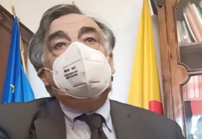 """Sicilia, scandalo dati Covid modificati. Sindaco Orlando: """"Più volte ho richiesto dati corretti"""""""