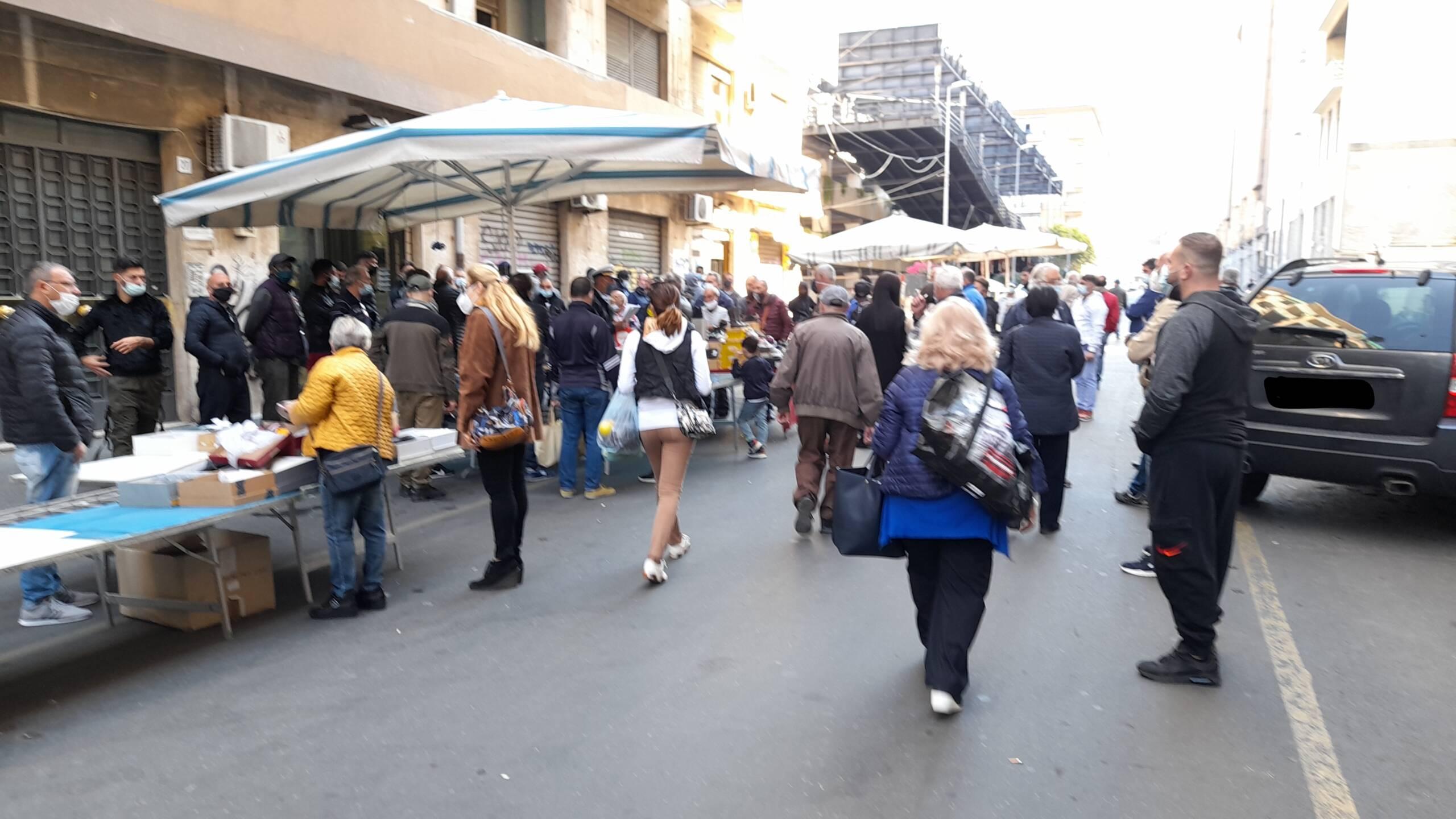 """Catania, municipale irrompe """"a Fera o Luni"""" e obbliga la chiusura. La denuncia della Federazione del Sociale USB"""