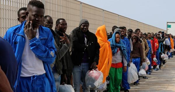 """Immigranti in Sicilia, 4,4 milioni di euro per percorsi formativi: una """"dote"""" in aiuto"""