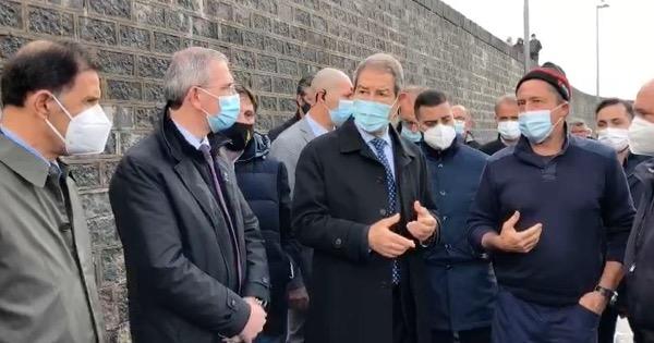 Catania, sopralluogo al porticciolo di Ognina di Musumeci e Falcone: avvio lavori di pulizia dei fondali attesi da 30 anni