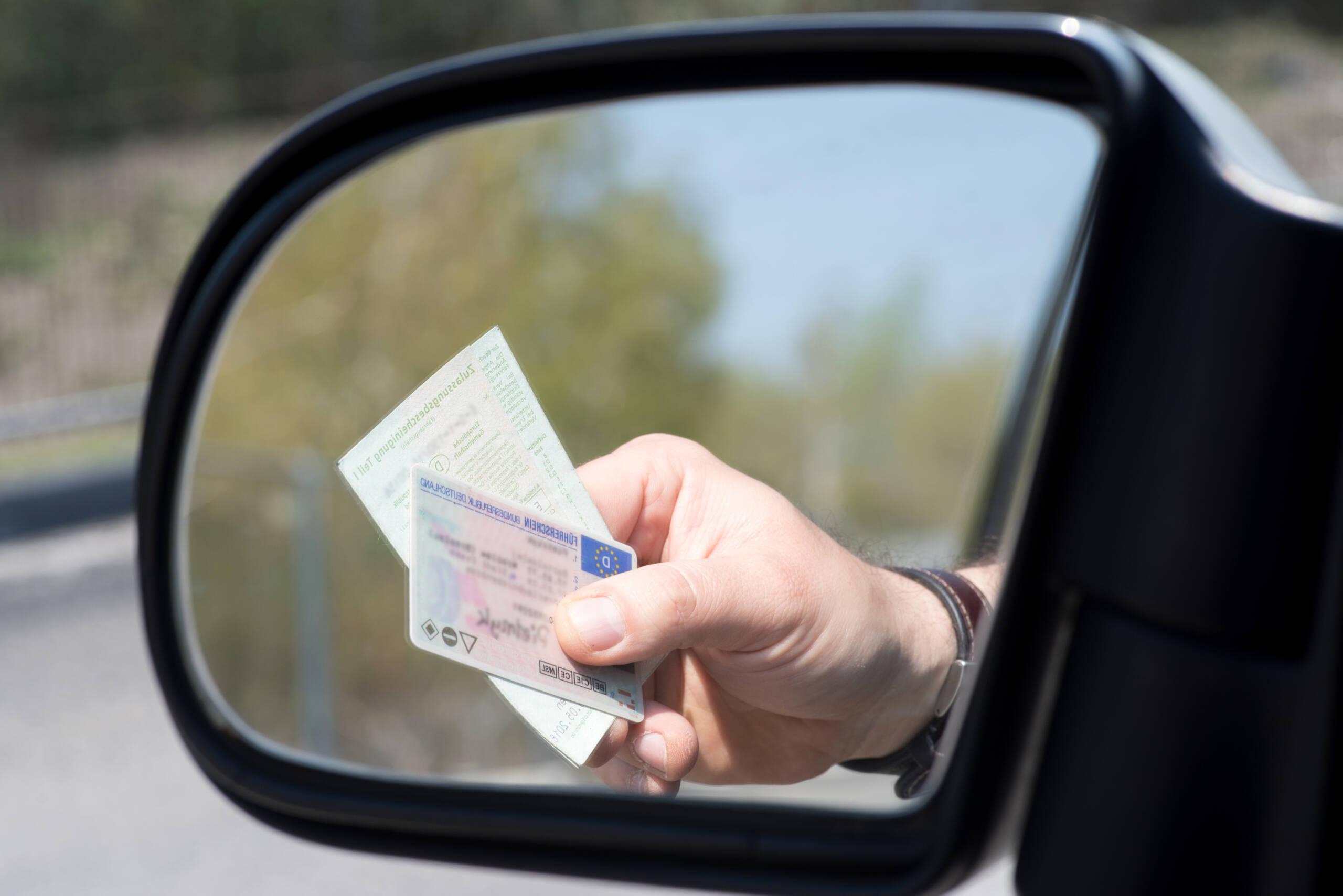 Coronavirus, scadenza patenti e fogli rosa prorogata al 30 aprile 2021: in Sicilia pagamento bollo auto fino a dicembre