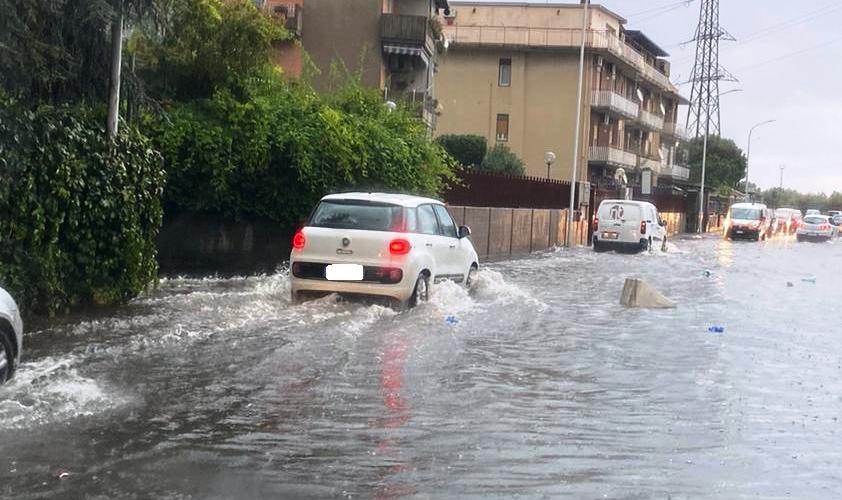 Catania, giornate di pioggia torrenziale e continui allagamenti nel quartiere di San Giovanni Galermo
