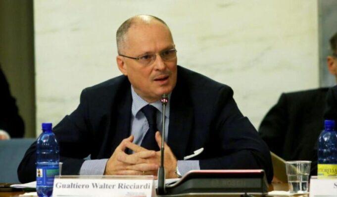 Coronavirus, Ricciardi invoca il lockdown totale in tutta Italia e in Sicilia cresce la preoccupazione per le varianti