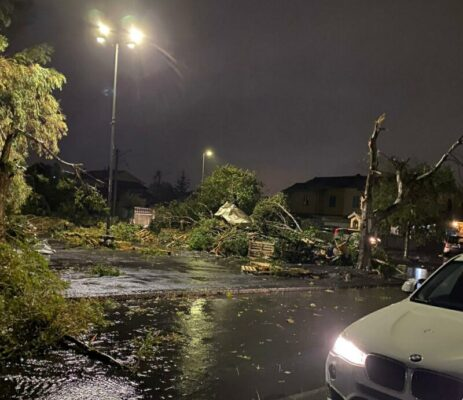 Tromba d'aria a Catania: aeroporto, Santa Maria Goretti e Zia Lisa devastati dalla furia del vento e dell'acqua – FOTO e VIDEO