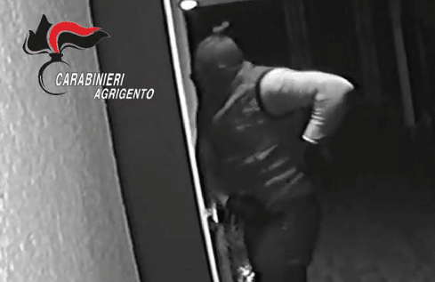 Furti nelle abitazioni, 5 Rom arrestati: venti i colpi in varie province della Sicilia