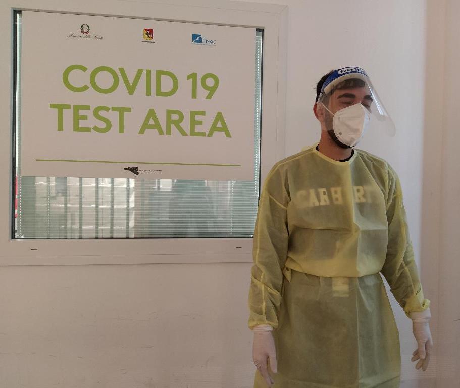 Nuova variante Covid, preoccupazione in Sicilia: oltre mille persone tornate dal Regno Unito prima del blocco dei voli