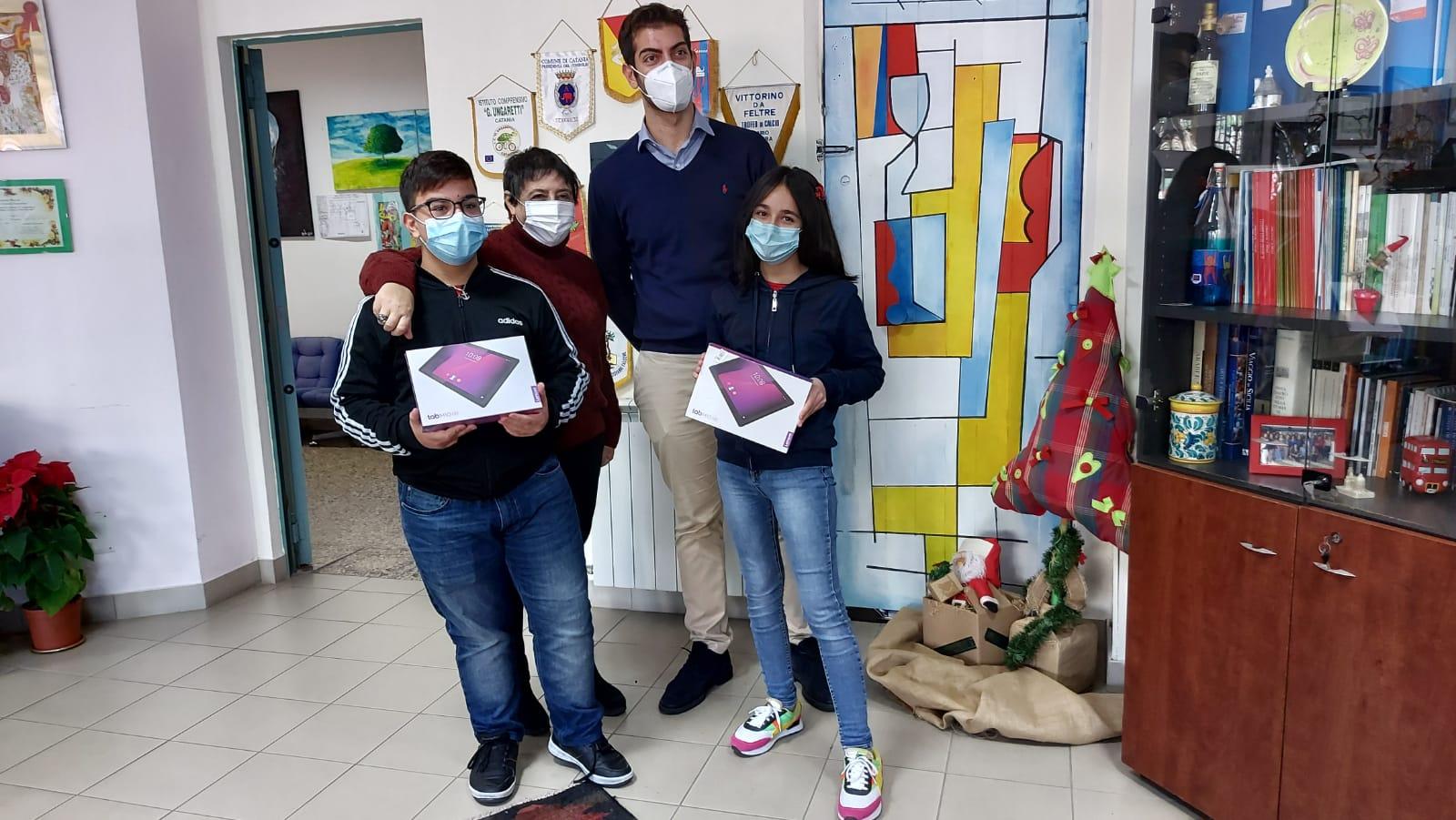 """Catania, all'I.C. """"A. Musco"""" premiazione del concorso della Club Rotaract Catania Ovest: due tablet in palio"""