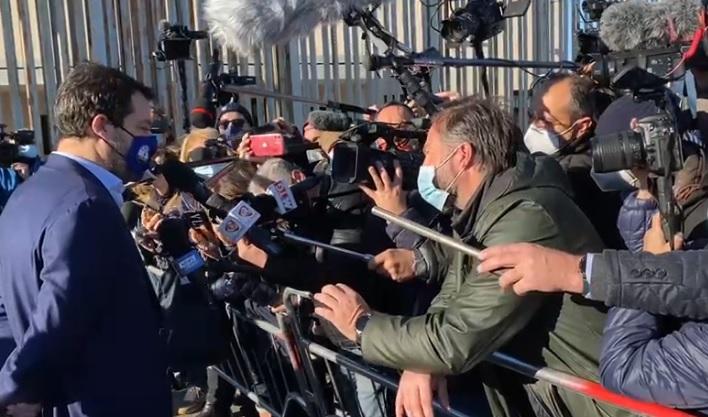 """Udienza caso Gregoretti, Salvini a Catania si dice tranquillo: """"Abbiamo protetto il Paese"""" – VIDEO"""